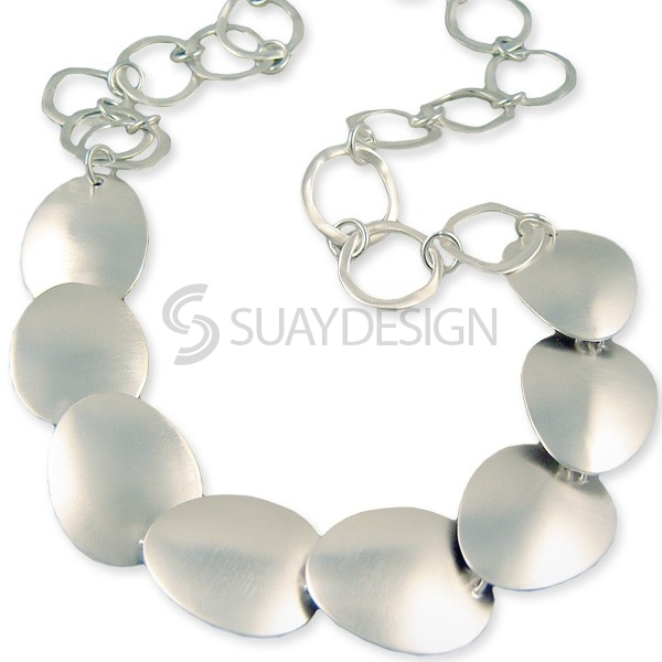 Women's Amor Silver Disc Necklace