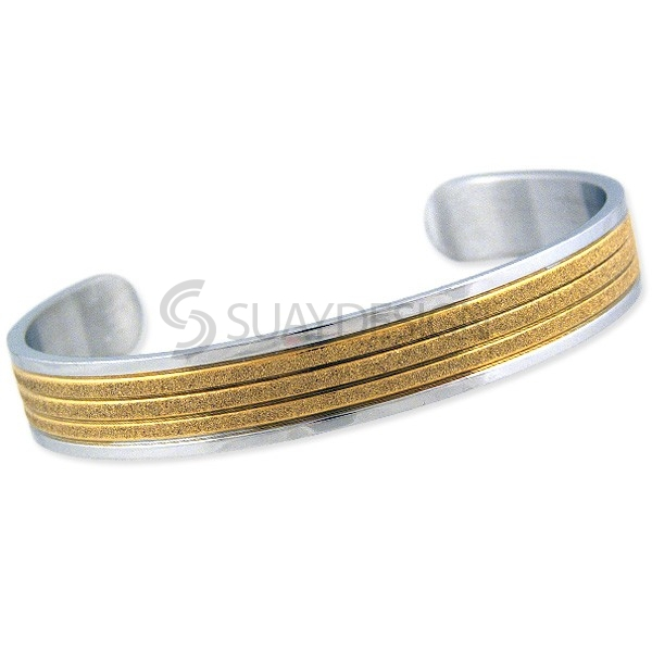 Women's Radiate Gold Bangle