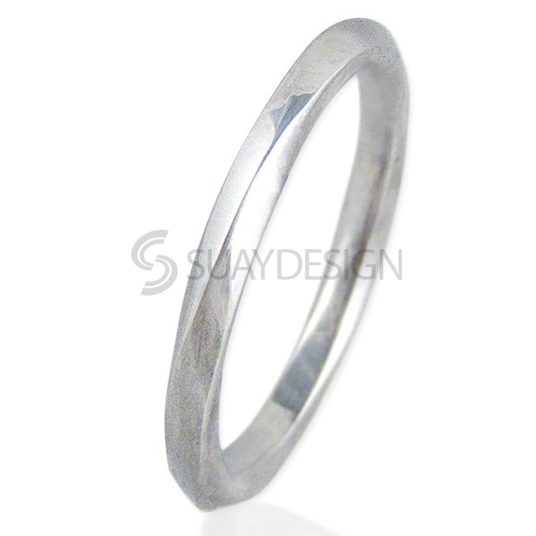 Women's Twisted Steel Ring