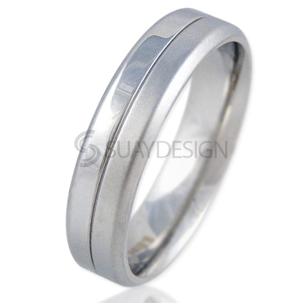 Photograph: Women's Factor Steel Ring