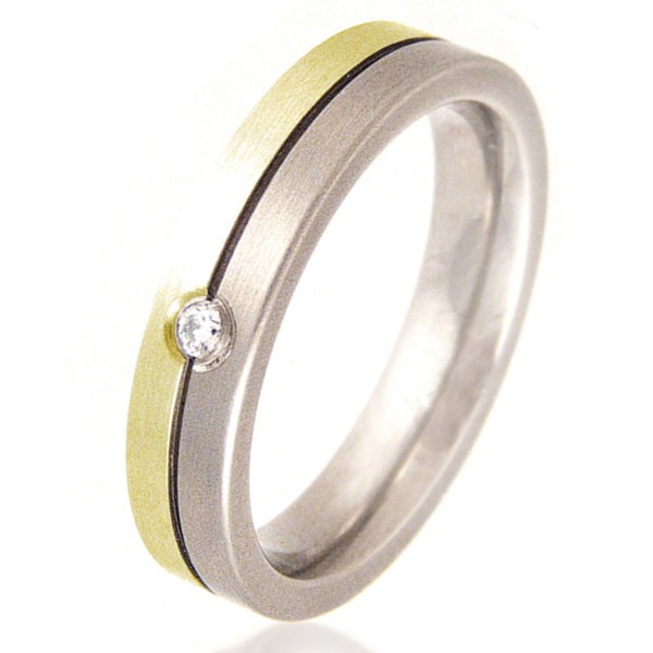 Flat Titanium & Gold Ring set with a Diamond