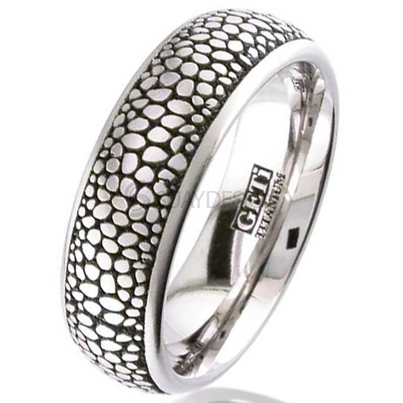 Women's Titanium Ring 2204-STINGRAY