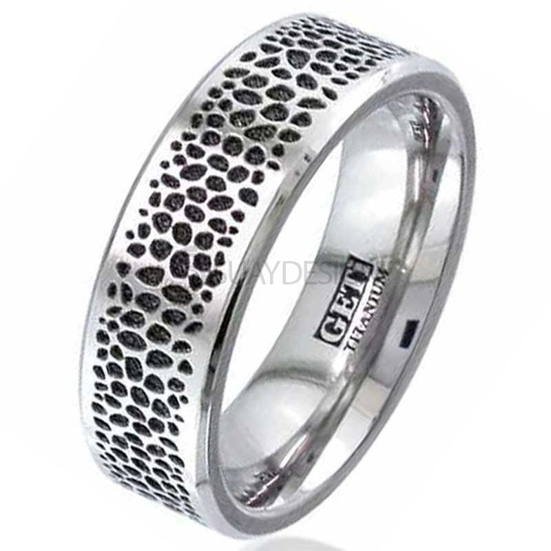 Women's Titanium Ring 2226CH-INVSTING