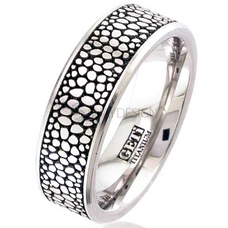 Women's Titanium Ring 2226CH-STINGRAY